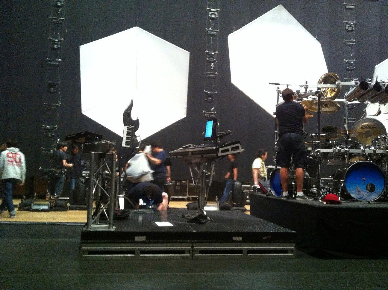 ライブに異変!撮影OK!昨年の2012年4月に行われたDream Theater福岡公演