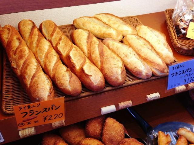 ベーシックなフランスパン!