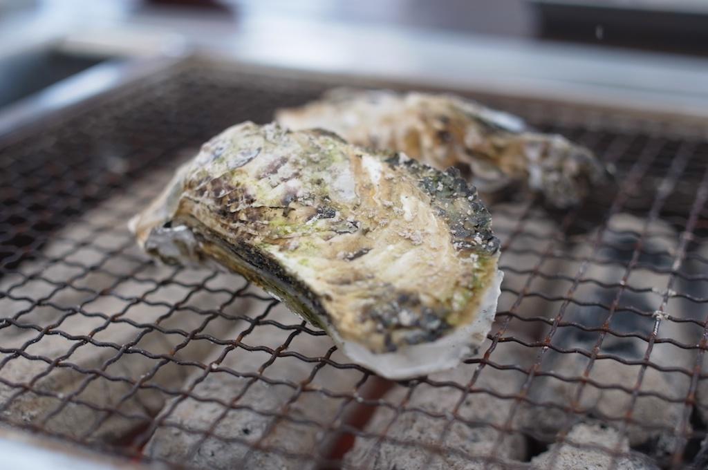 【糸島】牡蠣の焼き方はこれで完璧!牡蠣小屋に行く前に動画で予習しよう!