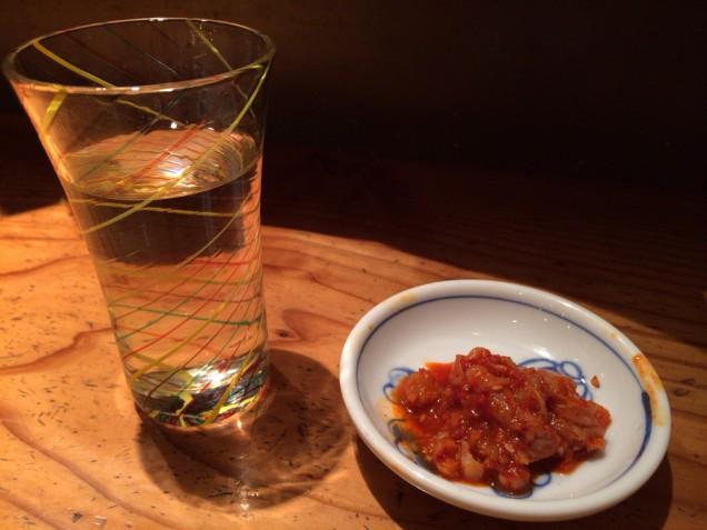 日本酒で歓迎を受ける