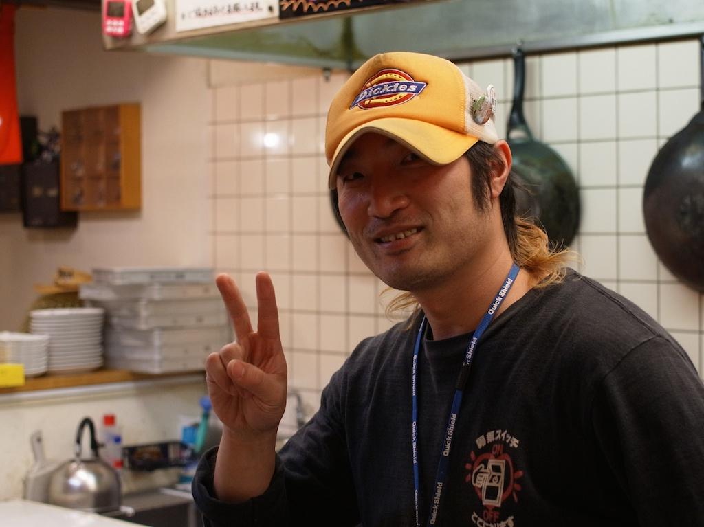 笑喜屋 – 魂を注ぐ豚骨スープ作り! – 糸島プロフェッショナルインタビュー