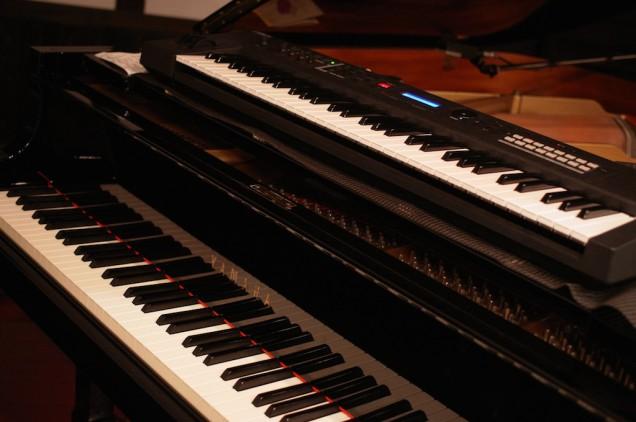 ピアノとキーボード!