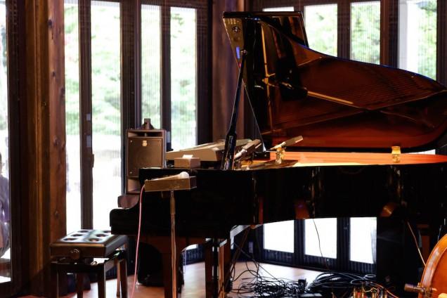 窓側にピアノという新しいレイアウト!