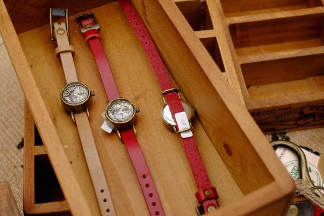 腕時計もある!