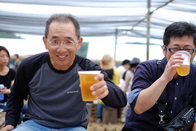 糸島のイベント常連の友人も乾杯!