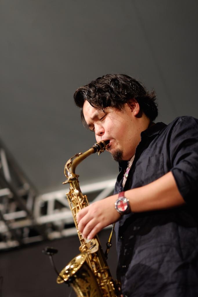 中洲ジャズ 2015 – 糸島を代表するサックス奏者「浦ヒロノリ」さんのライブは大盛況でした!