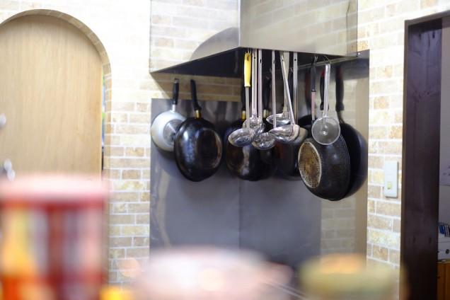綺麗に磨き上げられた厨房