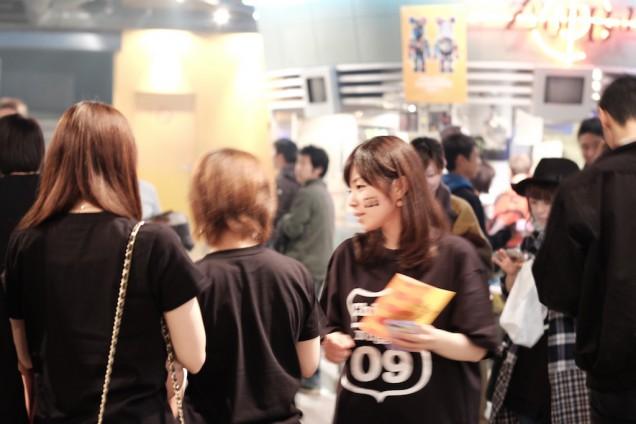 黒のTシャツが人気