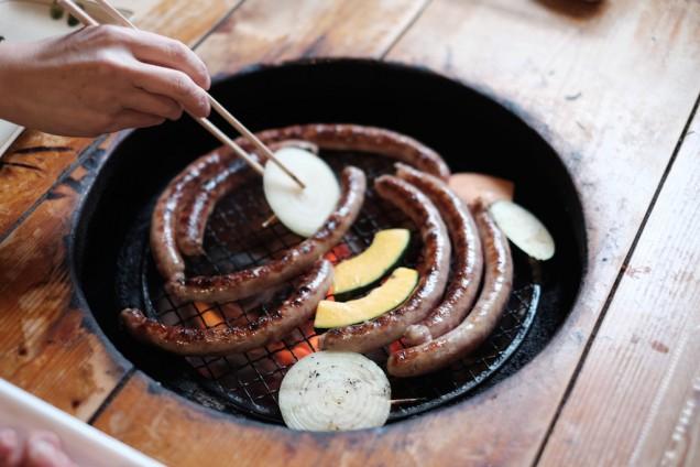生ウインナーということでガッツリと焼きます!