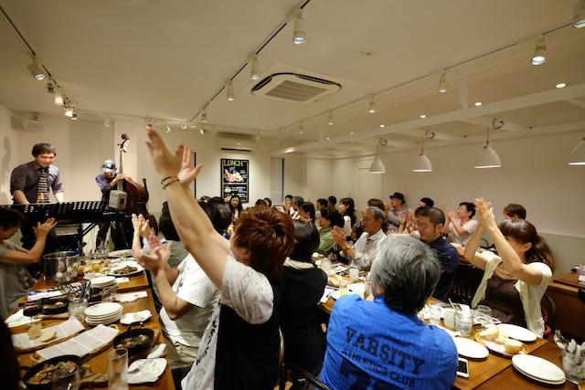 福吉ジャズ – パン屋さん「麦の木」で食事を楽しみながらのジャズライブ!