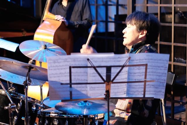 ドラムの上村さん