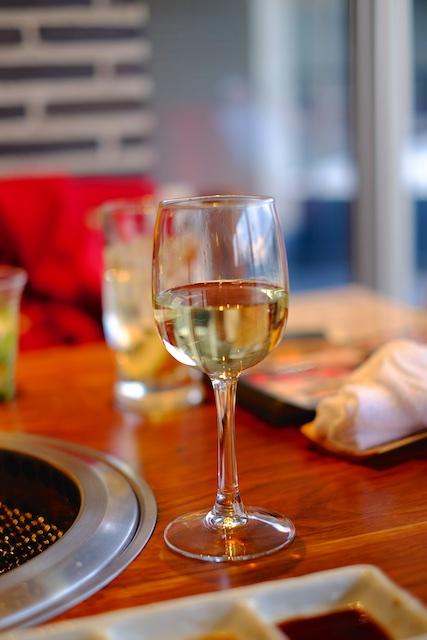 白ワインもいただきます