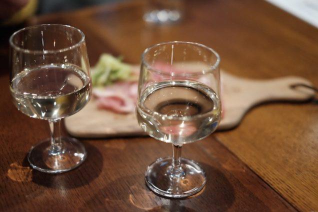 白ワインで乾杯!
