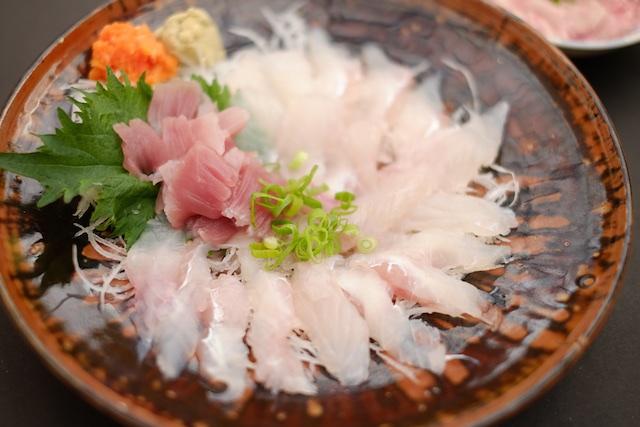 ケンちゃんかき(船越漁港) – 今シーズンも牡蠣小屋を楽しんだ!次のシーズンが待ち遠しいぞ!
