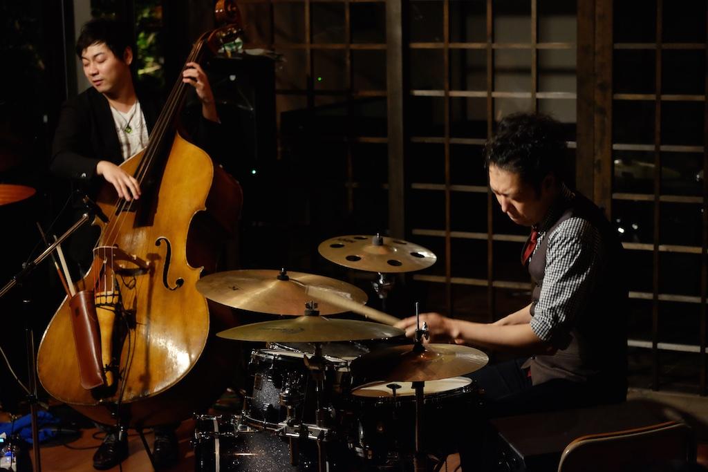 武田真弓 JAZZ CONCERT in 糸島 – 辛島文雄トリオのレギュラーメンバーの2人を迎えたスペシャルライブが実現!
