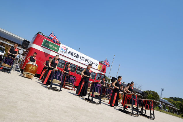 スタート地点にはロンドンバスも!